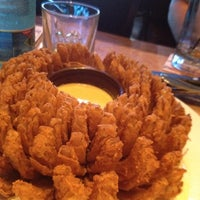 Photo taken at Outback Steakhouse by Daniele on 8/8/2012