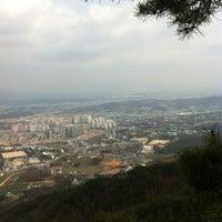 Photo taken at 불암산 둘레길 초입 by Lim C. on 4/11/2012