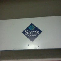 Photo taken at Sam's Club by Venicio N. on 7/23/2012