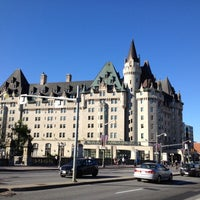 Photo taken at Fairmont Château Laurier by Go H. on 6/13/2012