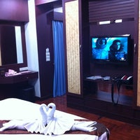 Photo taken at Golden Inn Villa by pimrapat N. on 8/25/2012
