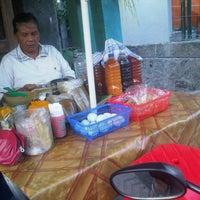 Photo taken at Jamu depan A takrib by Nugroho Budi S. on 7/3/2012