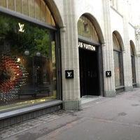 4/24/2012 tarihinde Joël B.ziyaretçi tarafından Louis Vuitton'de çekilen fotoğraf