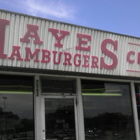 Photo taken at Hayes Hamburgers & Chili by Benton on 7/28/2012