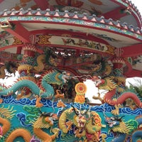 Photo taken at วัดถาวรวราราม (วัดญวน) Wat Thavornwararam by Joysshi on 2/19/2012