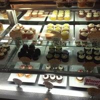 Photo taken at Hokulani Bake Shop by Ran D. on 5/6/2012