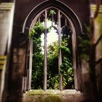 Photo prise au St Dunstan in the East Garden par Kit F. le6/29/2012
