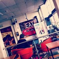 Снимок сделан в Jam Café пользователем Philip C. 9/5/2012