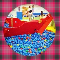 Photo taken at KID-O-KID (キドキド) みらい長崎ココウォーク店 by Junichiro T. on 8/10/2012
