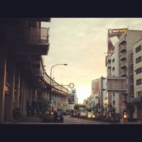 Photo taken at Akabanebashi Station (E21) by Kazuhiro S. on 6/6/2012