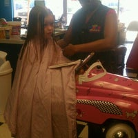 Photo taken at Hair Diddle Diddle by Teresa M. on 6/25/2012