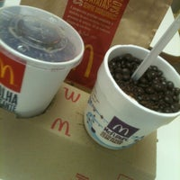 Photo taken at McDonald's by Luiza D. on 7/19/2012