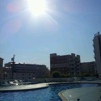 Das Foto wurde bei Bal Harbour Oceanfront Hotel von Rachael R. am 6/9/2012 aufgenommen