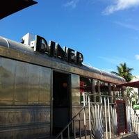 3/11/2012に@steveGOgreenが11th Street Dinerで撮った写真