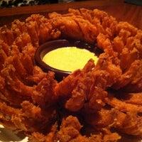 Foto tomada en Outback Steakhouse por Bruna P. el 8/5/2012