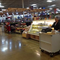 Photo taken at H-E-B by Rosario R. on 7/9/2012
