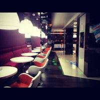 Снимок сделан в Sky lounge (WeekEnd, Небо) пользователем Алина М. 7/23/2012