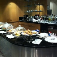 Photo taken at Philippine Airlines Mabuhay Lounge by Lance R. on 2/12/2012