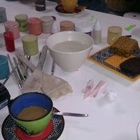 Das Foto wurde bei The Clay Cafe von Tails am 8/25/2012 aufgenommen