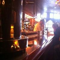 Foto scattata a Tosca Cafe da Sue Y. il 8/22/2012