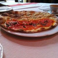 Foto tomada en Ristorante Da Massimo Americas por Diana G. el 5/18/2012