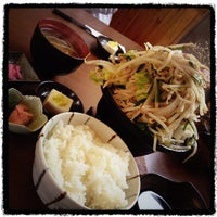 Photo taken at 食事処 おしゃまんべ by Naoto A. on 5/28/2012