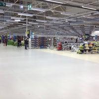 Photo taken at Decathlon by Mattias V. on 3/17/2012