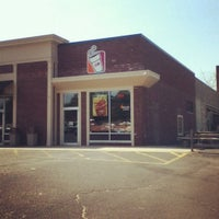 Photo taken at Dunkin' Donuts by Lyndsay B. on 4/18/2012
