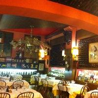 รูปภาพถ่ายที่ Ristorante Rodrigo โดย Tassos เมื่อ 4/21/2012