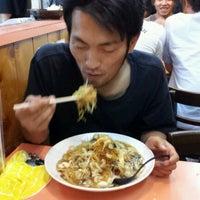 Photo taken at ちゃんぽん家 大光楼 by Hiroyuki T. on 8/2/2012