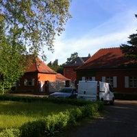 รูปภาพถ่ายที่ Forstliches Bildungszentrum Karlsruhe FBZ โดย Florian N. เมื่อ 5/8/2012