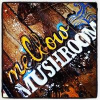 Photo taken at Mellow Mushroom by Steven ¯. on 8/25/2012