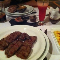 Foto tomada en Restaurant Puro Toro por Francisca U. el 7/6/2012