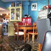 Foto tirada no(a) Susam Cafe por Serdar C. em 8/20/2012