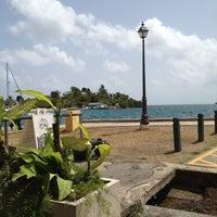 7/11/2012にHelen R.がThe Avocado Pitで撮った写真