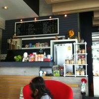 Photo taken at Kebb Café by Pickkiii C. on 3/23/2012