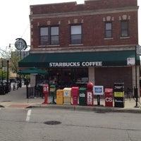 Photo taken at Starbucks by Calvin T. on 4/19/2012