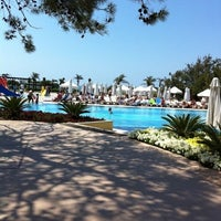 Photo taken at Sueno Beach Resort Hotel by Gözde G. on 4/22/2012