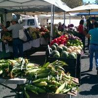 Photo taken at Downtown Berkeley Farmers Market by Emine Gülşah K. on 9/8/2012