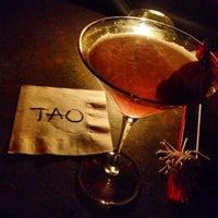 รูปภาพถ่ายที่ Tao โดย Jonavennci D. เมื่อ 2/29/2012