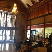 Foto tomada en Mod's Coffee & Crepes por Ben G. el 6/26/2012