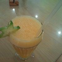 Photo taken at SanaQueSana Gourmet by Maya L. on 6/26/2012