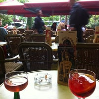 Photo taken at Café Métropole by 🇫🇷 Nicolas 🇫🇷 on 7/7/2012