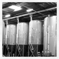 8/26/2012에 Eat Drink Tell님이 Green Flash Brewing Company에서 찍은 사진