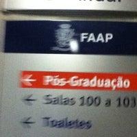 Das Foto wurde bei Pós Graduação FAAP von Thiago R. am 8/11/2012 aufgenommen