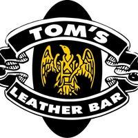 Foto tomada en TOM'S Leather Bar por Miguel Antonio P. el 2/27/2012