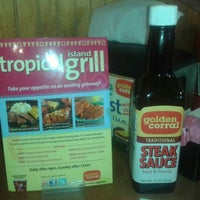Photo taken at Golden Corral by Shera R. on 8/10/2012