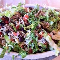 Das Foto wurde bei Chipotle Mexican Grill von Armando G. am 2/27/2012 aufgenommen