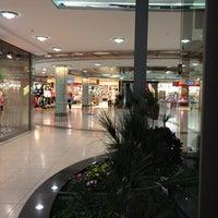 Das Foto wurde bei REWE von Spintoira am 6/26/2012 aufgenommen