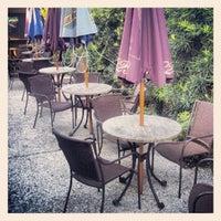 Photo taken at Madra Rua Irish Pub by Ray B. on 8/2/2012